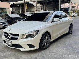 Mercedes-Benz CLA200 Urban รถเก๋ง 4 ประตู ปี 2016
