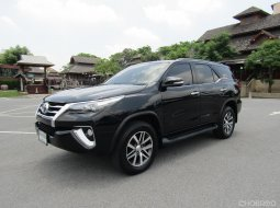 2016 Toyota Fortuner 2.8 V 2WD A/T TOP NAVI SUV