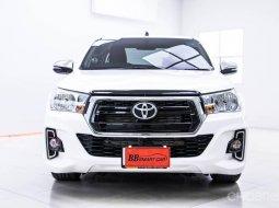 Toyota revo  2.4 E SMART CAB  2019