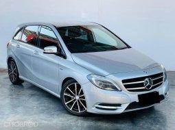 Mercedes #BENZ #B180 #AMG (#W246) ปี2012 จดปี2016 สีเทา