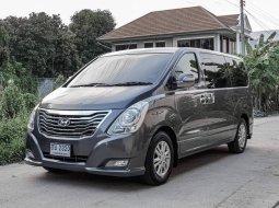 #Hyundai #H1 2.5 Deluxe ปี2011