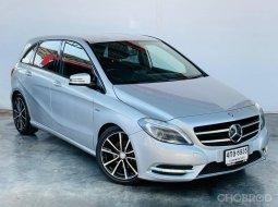 2012 Mercedes-Benz B180 1.6 Sports รถเก๋ง 5 ประตู