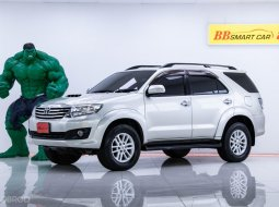 2M-184 Toyota Fortuner 3.0 V 4WD SUV ปี 2012