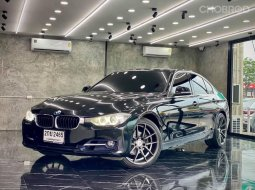 2012 BMW 320i 2.0 M Sport รถเก๋ง 4 ประตู