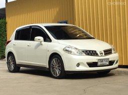 nissan tiida 5ประตู hatchback ท๊อปสุด1.6G ออโต้ สีขาวมุก ปี2010 รถสวยไม่เคยชน ไ