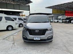 Hyundai H1 2.5 MNC Touring  AT 2018 ราคา 1,190,000 บาท