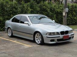 2000 BMW 523i E39 2.3 รถเก๋ง 4 ประตู