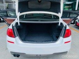 รถ BMW 520 D M Sport ปี 15 จด 17 สีขาว