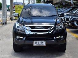 เรามีรุ่นนี้ให้เลือกถึง 4 คัน Isuzu MU-X 3.0 ปี2014  SUV