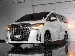 Toyota Alphard 2021 รถตู้ alphard ราคาพิเศษ