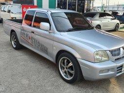 2005 Mitsubishi Strada 2.5 GLX รถกระบะ