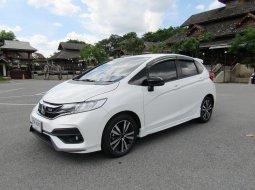 2020 Honda JAZZ 1.5 RS i-VTEC A/T รถเก๋ง 5 ประตู