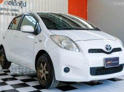 🔥 รถสีขาวสวย แต่งล้อพร้อม ผ่อนถูกมาก 🔥 Toyota YARIS 1.5 J ปี2012 รถเก๋ง 5 ประตู
