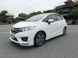 2015 Honda JAZZ 1.5 SV+ i-VTEC A/T รถเก๋ง 5 ประตู