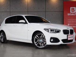 2017 BMW 118i 1.6 F20 M-SPORT มาพร้อมกับเครื่องยนต์เบนซิน 3 สูบ 1,499 ซีซี กำลัง 136 แรงม้า