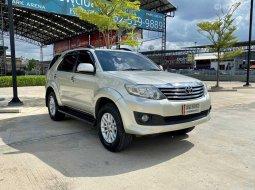 ขายรถมือสอง TOYOTA FORTUNER 2.7 V 2WD | ปี : 2012