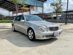 2003 Mercedes-Benz E240 2.6 Avantgarde รถเก๋ง 4 ประตู