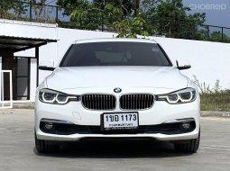 จองให้ทัน BMW 320D SPORT 2.0 DESEL ปี 2016 สีขาว AUTO