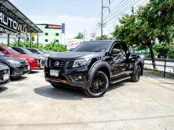 2020 ขายด่วน!! Nissan Navara NP300 Kingcab 2.5E Calibre Black Edtion II MT