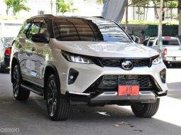 ขายรถ Toyota Fortuner 2.8 Legender ปี2021 SUV