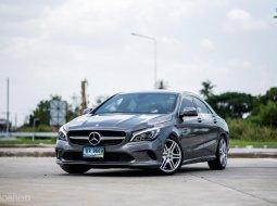 Benz CLA200 Urban ปี 2016 มือเดียวป้ายแดง สภาพสวยมาก ๆ เดิมสนิทไม่มีอุบัติเหตุ
