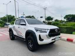 2021 Toyota Hilux Revo 2.8 Prerunner G Rocco 4WD รถกระบะ