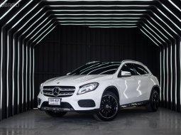 Benz GLA250 AMG Facelift ปี 2019 ไมล์โครตนางฟ้า 11,000 km. ถูกที่สุดในตลาดตอนนี้เลย