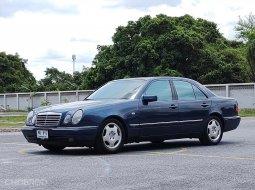 1997 Mercedes-Benz E230 2.3 Avantgarde รถเก๋ง 4 ประตู