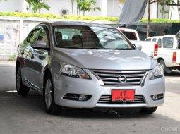 ขายรถ Nissan Sylphy 1.6 V ปี2013 รถเก๋ง 4 ประตู