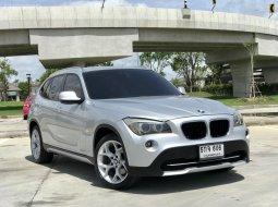 2012 BMW X1, 2.0 SDrive 1.8i  สีเทา เครื่องยนต์เบนซินล้วนไม่เคยติดแก็ส เบาะหนังสีดำ