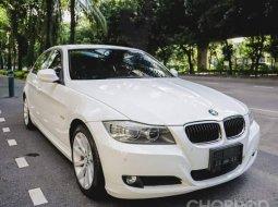 2010 BMW 320i 2.0 SE รถเก๋ง 4 ประตู