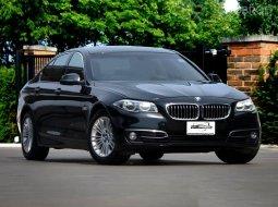2015 BMW 525D LUXURY Lci รถศูนย์ Bmw Thailand ประตูดูด เซอร์วิสศูนย์ BMW ทุกระยะ