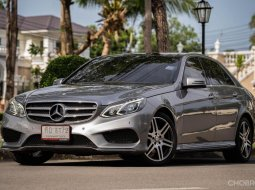 2013 Mercedes-Benz E300 AMG  Dynamic รถเก๋ง 4 ประตู