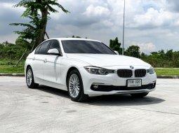 2017 BMW 320d 2.0 Luxury รถเก๋ง 4 ประตู ดาวน์ 0%