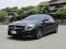 2016 Mercedes-Benz CLA180 1.6 Urban รถเก๋ง 4 ประตู รถสวย