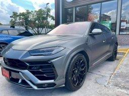 2020 Lamborghini  Urus V8 4.0 bi-Turbo รถเก๋ง 5 ประตู