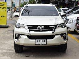 2017ใมล์ 70,000 KM Toyota Fortuner 2.4 (ปี 15-18) V ⭐️เรามีรุ่นนี้ให้เลือกถึง 4คัน SUV