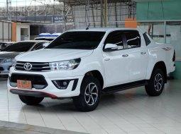 2016 Toyota Hilux Revo 2.4 TRD Sportivo รถกระบะ