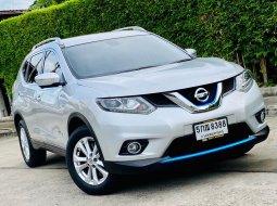 2016 Nissan X-Trail 2.0 V Hybrid 4WD ออกรถง่าย