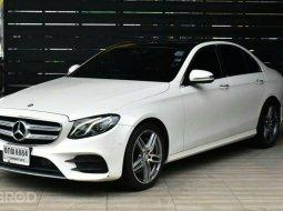 2017 Mercedes-Benz E220 2.0 d AMG Dynamic รถเก๋ง 4 ประตู รถบ้านแท้