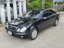 2004 Mercedes-Benz E200 Kompressor 1.8 Elegance รถเก๋ง 4 ประตู