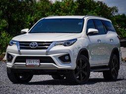 2016 Toyota Fortuner 2.8 TRD Sportivo SUV ฟรีดาวน์