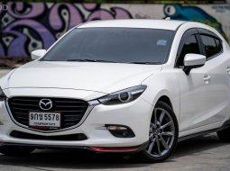 2019 Mazda 3 2.0 S Sports รถเก๋ง 5 ประตู ออกรถ 0 บาท