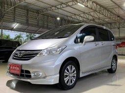 2013 Honda Freed 1.5 E รถตู้/MPV