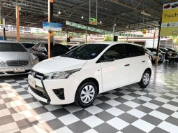 TOYOTA YARIS ปี 2015 1.2 J VVT-i HATCHBACK AUTO