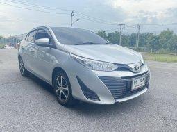Toyota Yaris Ativ 2014