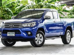 2017 Toyota Hilux Revo 2.4 E Prerunner ฟรีดาวน์