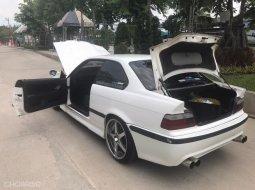 E36 Coupe (Original White) limited slip diff.