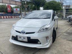 2013 Toyota Prius 1.8 Hybrid TRD Sportivo II SUV