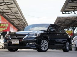 2013 Honda ACCORD 2.0 EL i-VTEC รถบ้าน เช็คศูนย์ทุกระยะ